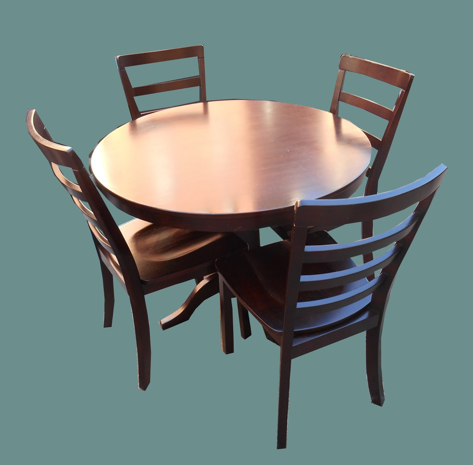 Uhuru Furniture Collectibles Contemporary Round Dining Table 4 Chair
