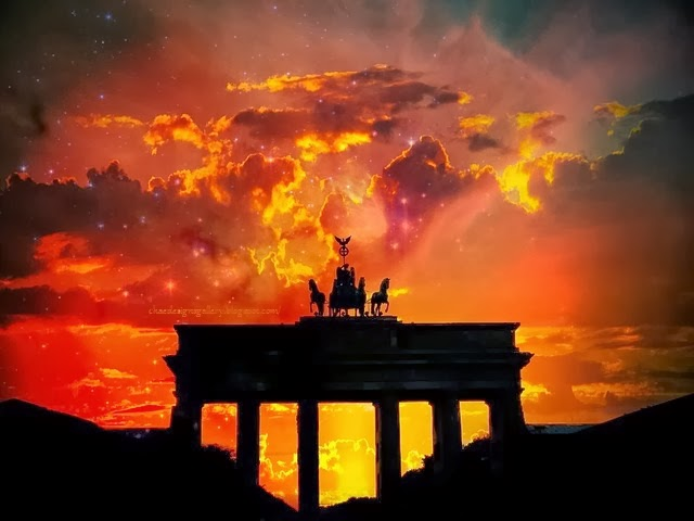 work of art - painting - Ombre Sunset over Brandenburger Tor