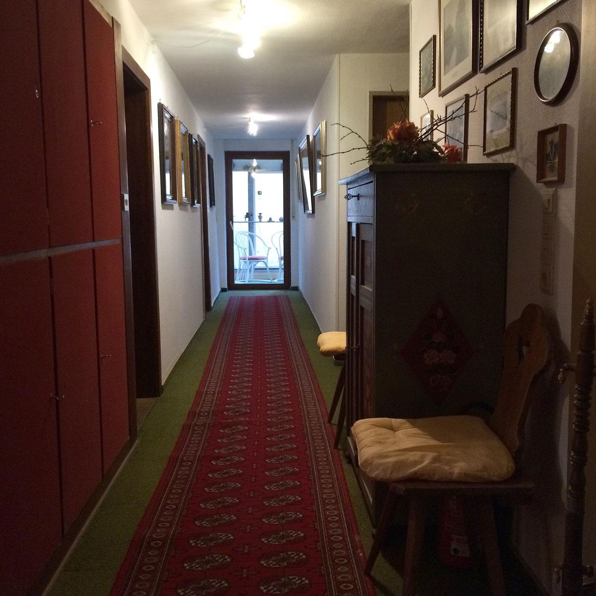 Коридор гостиницы в стиле фахверк