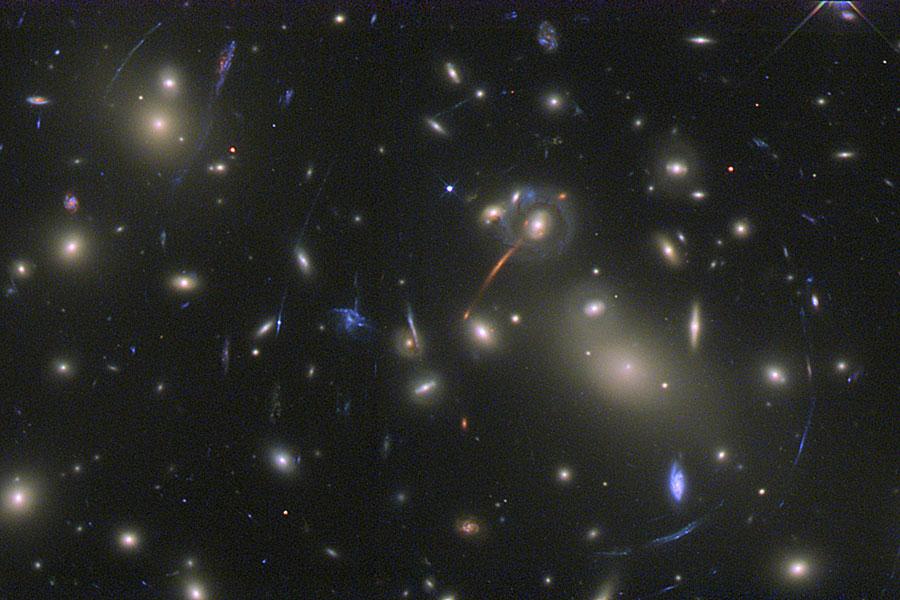 Resultado de imagen de la bajísima densidad de materia en el universo