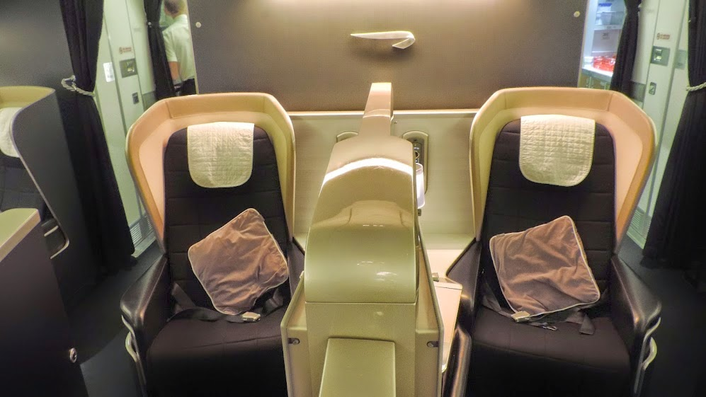 the filipino traveler review british airways boeing 777