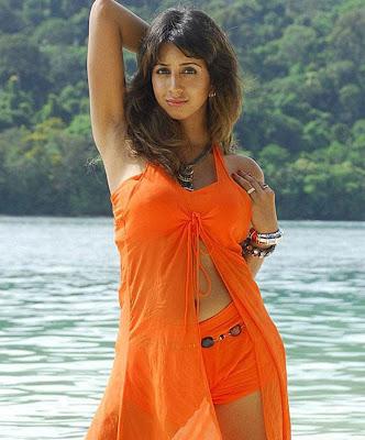 sanjana galrani spicy pics tamil movie muguru masala pics