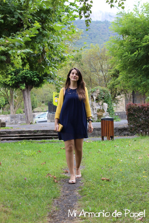 Outfit Azul Marino y Mostaza - Mi Armario de Papel