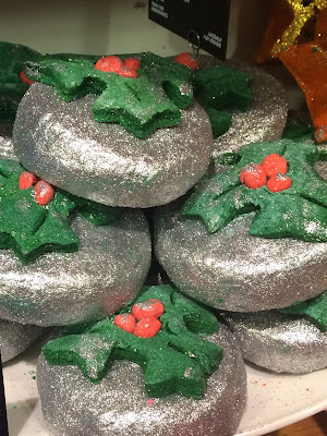 Lush Holly Golightly Bubble Bar