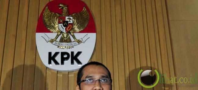http://www.lihat.co.id/2013/06/5-adu-mulut-fahri-hamzah-vs-kpk.html