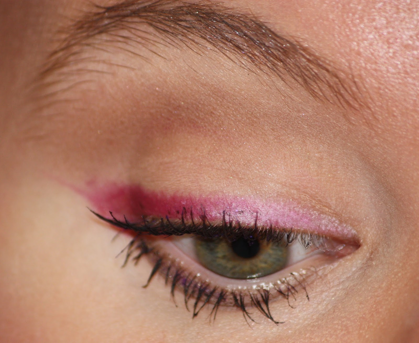 Die Zauberin Zebulon Fuchsia Liner Eye Makeup Nivea Q10 Plus Anti