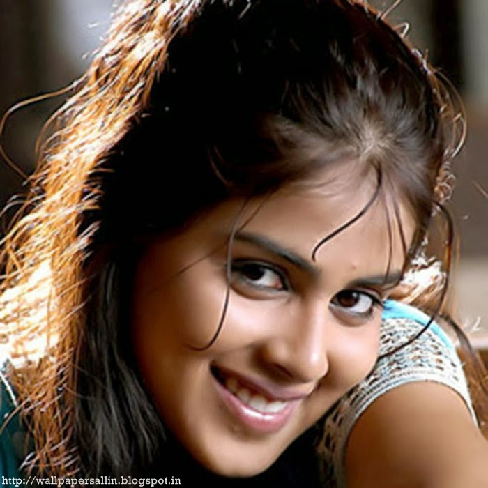 wallpaper of genelia d souza latest