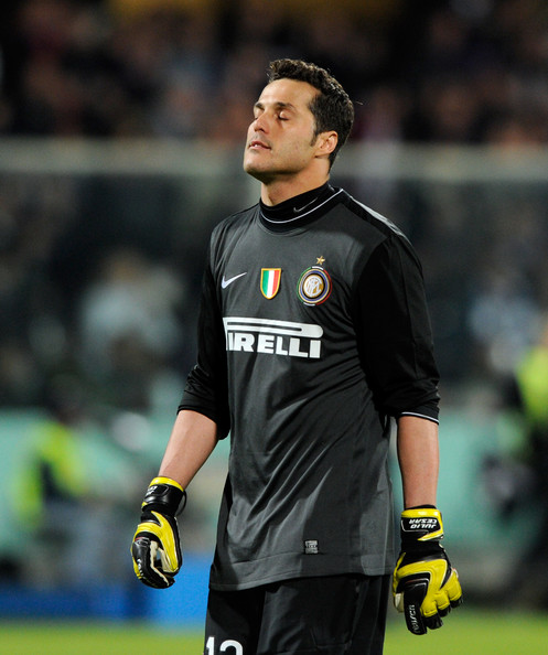 The Best Footballers: Julio Cesar known as a goalkeeper of ...