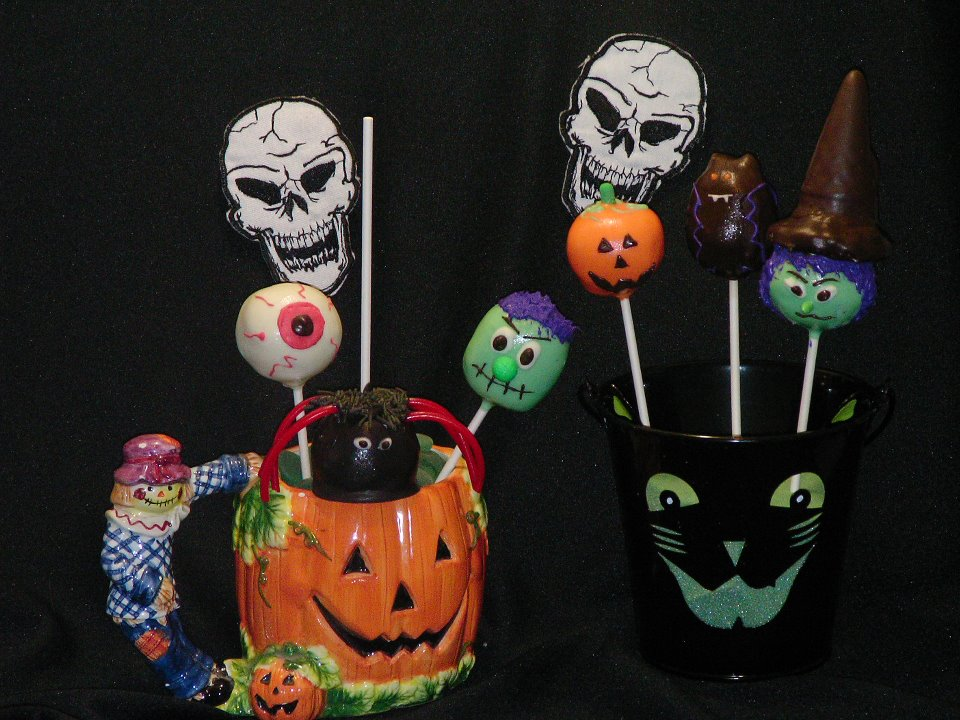 Sweet Tooth Cake Pops: Halloween Cake Pops