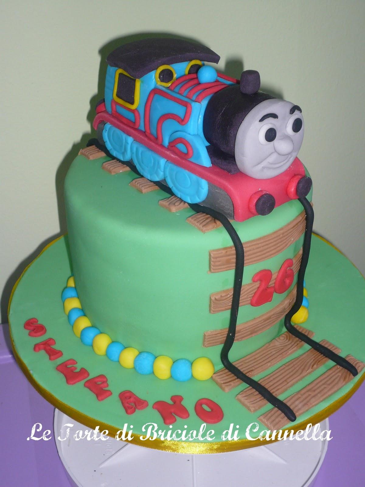 Le torte di briciole di cannella trenino thomas for Decorazioni torte trenino thomas