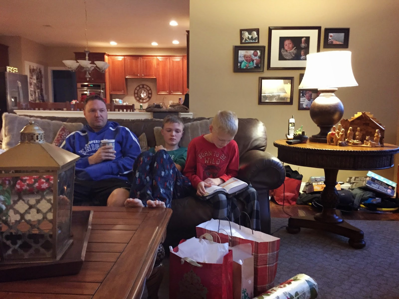 Christmas morning gift opening games