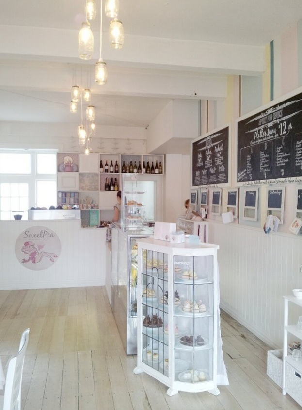 Five Kinds of Happy Blog: Sweet Pea cafe