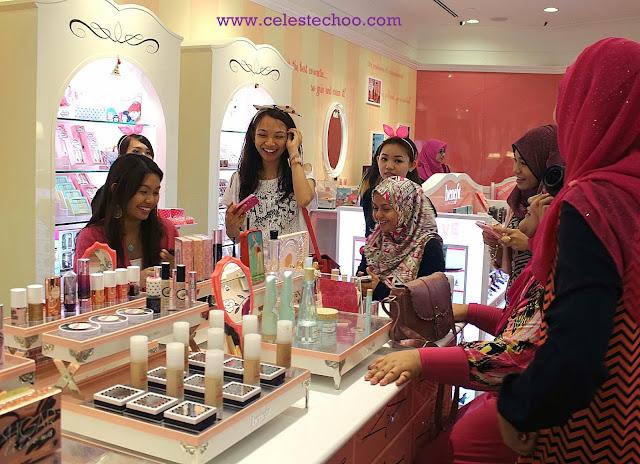 benefit-cosmetics-beauty-bloggers
