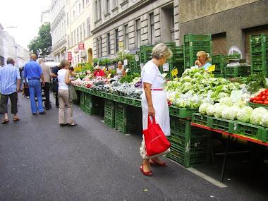 Reumannplatz pazarı !