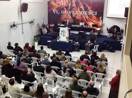 O Pastor Navarro Pregando no 2º dia da Cruzada: Passo Fundo-RS.