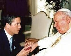 Jim Caviezel e João Paulo II