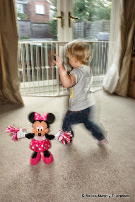Running around with Cheerin Minnie Mouse