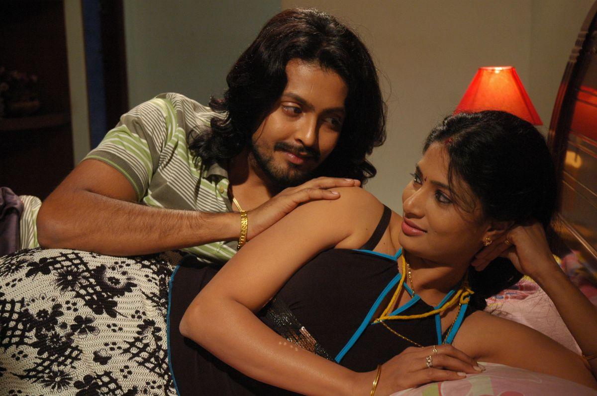 TamiL MoviE RoaminG: Asaivam Latest Movie Photos Stills Asaivam New ...