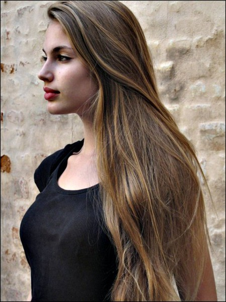 light brown hair long hair side profile