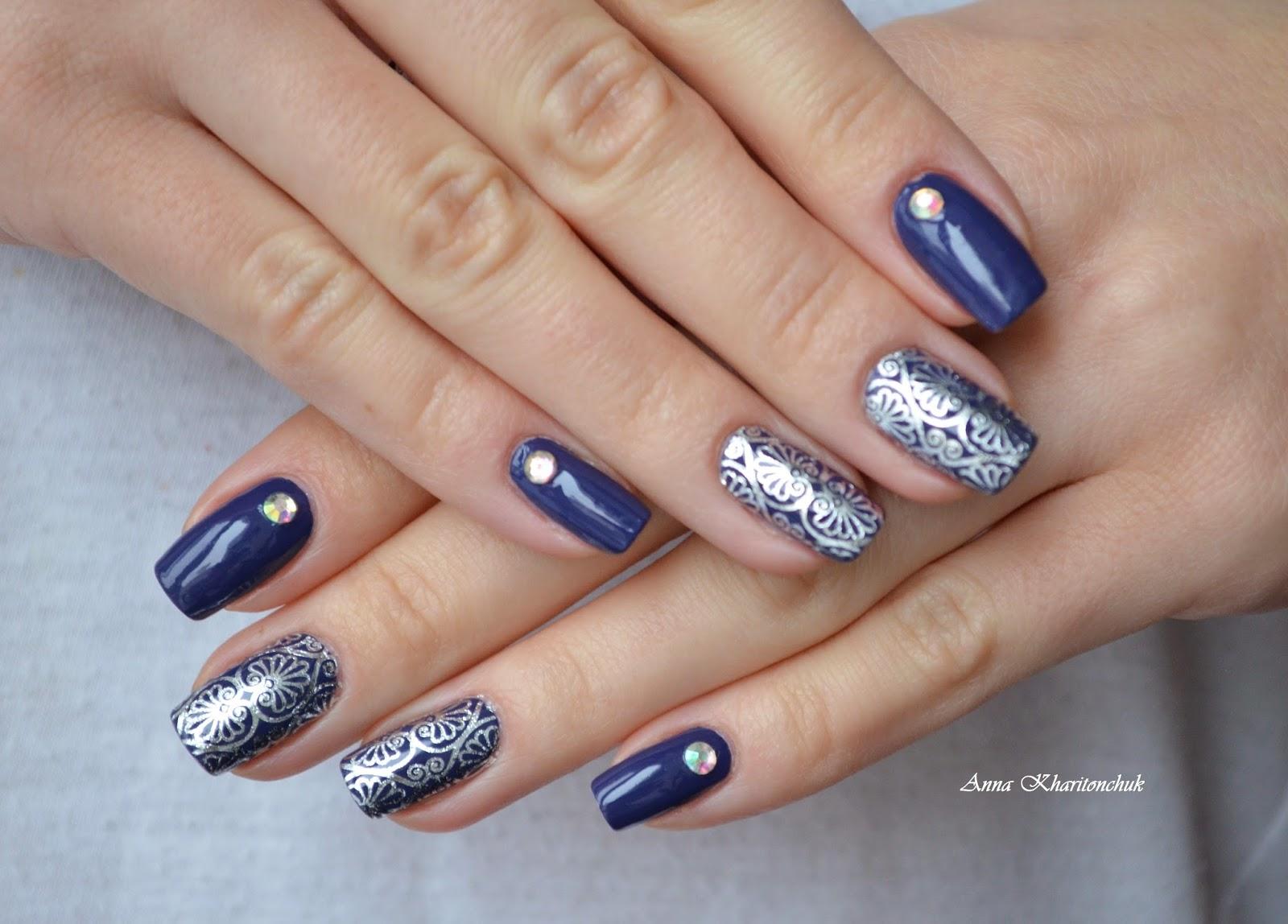 Winter11DNC: Синие ногти. China Glaze Queen B. Флешмоб 5 маникюров зимы