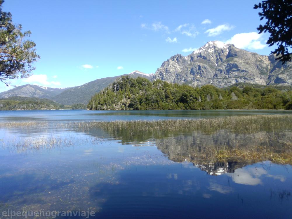 Lago Moreno Oeste, reflejo, montañas