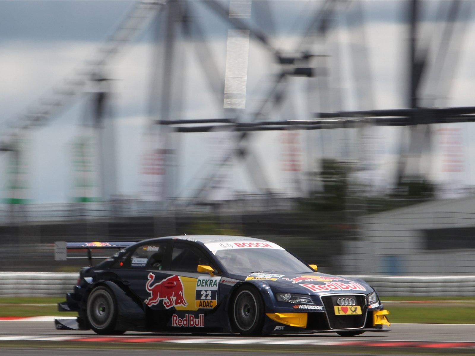 http://4.bp.blogspot.com/-G7MQAyEIRio/TkrrGPJqiWI/AAAAAAAAD7o/4_fQOdkL1aE/s1600/Audi+A4+DTM+2011+03.jpg
