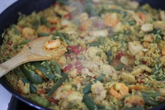 Spain, Spanish food, food, paella, travel