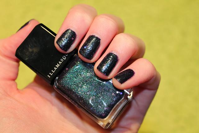 illamasqua-perseid-nail-polish-swatch-swatched-glitter