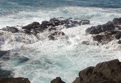 Piscina natural Banho da Rainha – maré alta