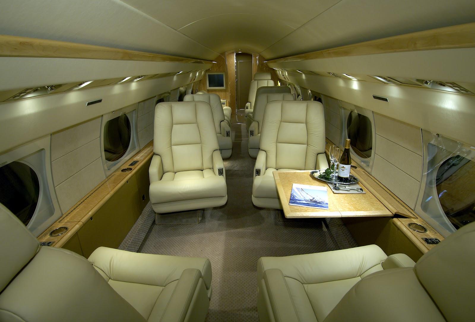 http://4.bp.blogspot.com/-G7su3I-dAEQ/T84jwt-X2AI/AAAAAAAAI5E/jkcfOKeRoU0/s1600/aerospatiale_gulfstream_iii_interior.jpg