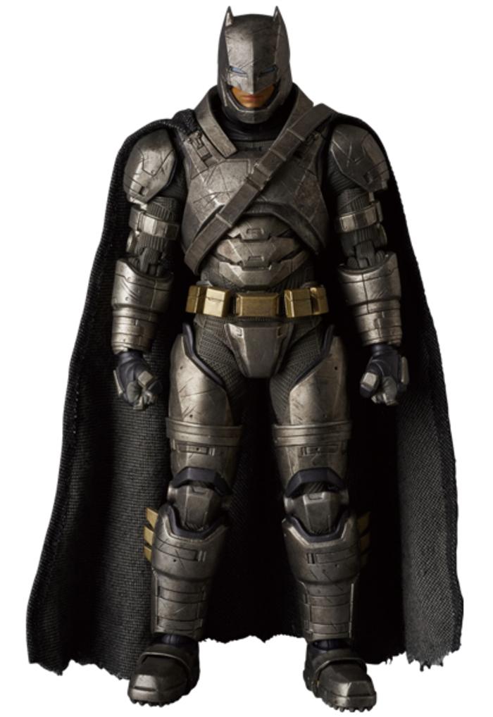 Reveladas nuevas imágenes de figuras de Batman con ...