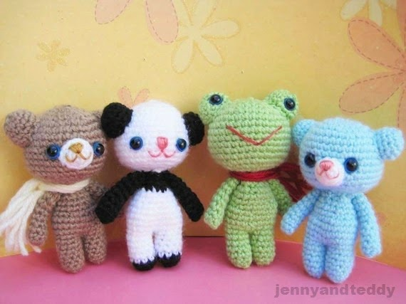 http://www.jennyandteddy.com/2014/06/brownie-bear-and-his-friends-free-amigurumi-pattern/