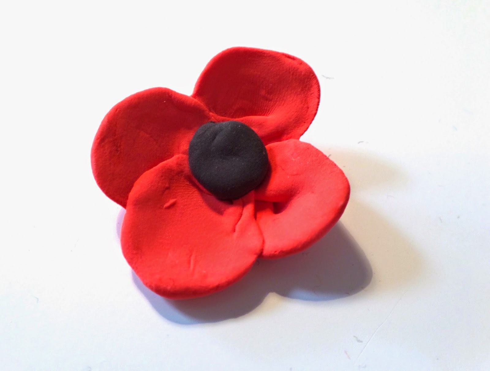 handmade poppy brooch