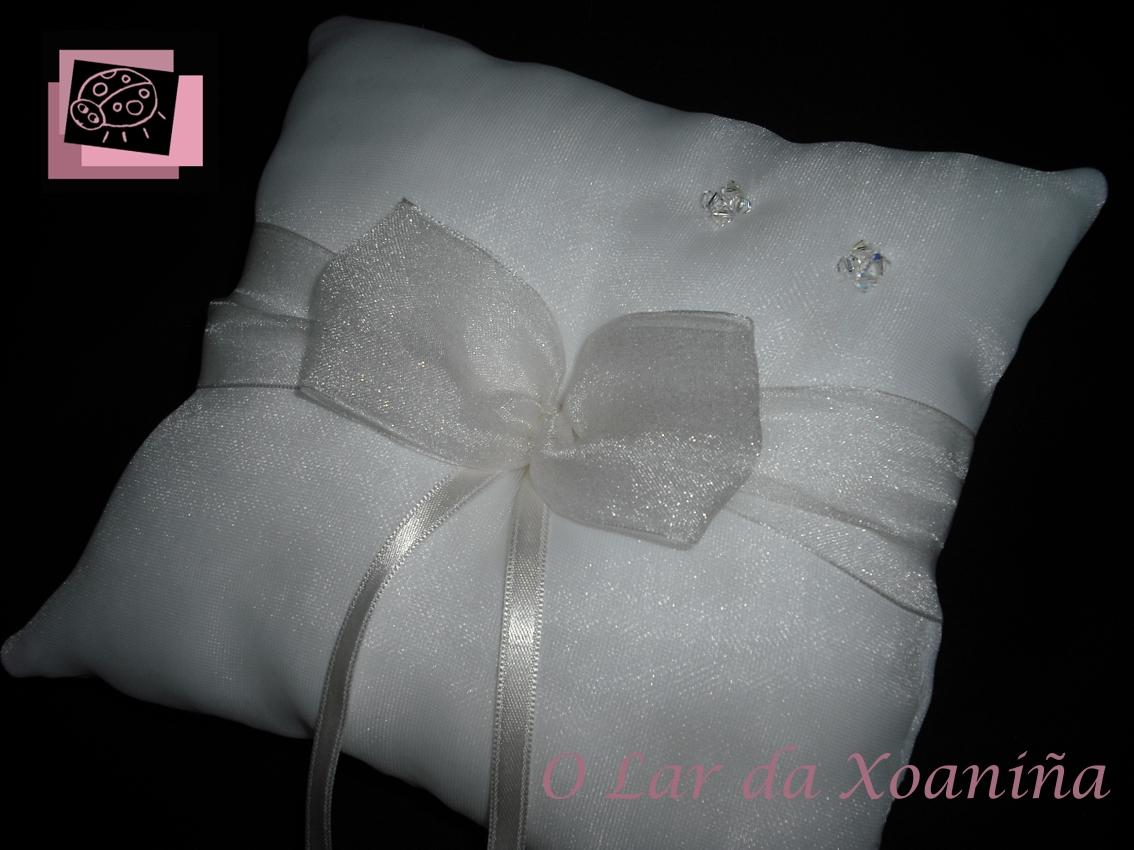 Accesorios coj n alianzas para boda - Cojines para cama matrimonio ...