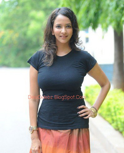 Anchu Lakshmi showing her big assets