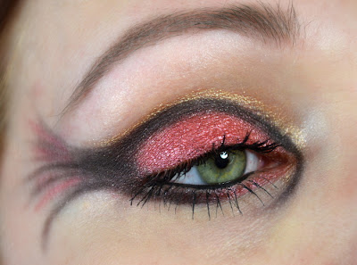 http://blushesandmore.blogspot.co.at/2014/04/make-up-dreamz-runde-16-vesves-inspired.html