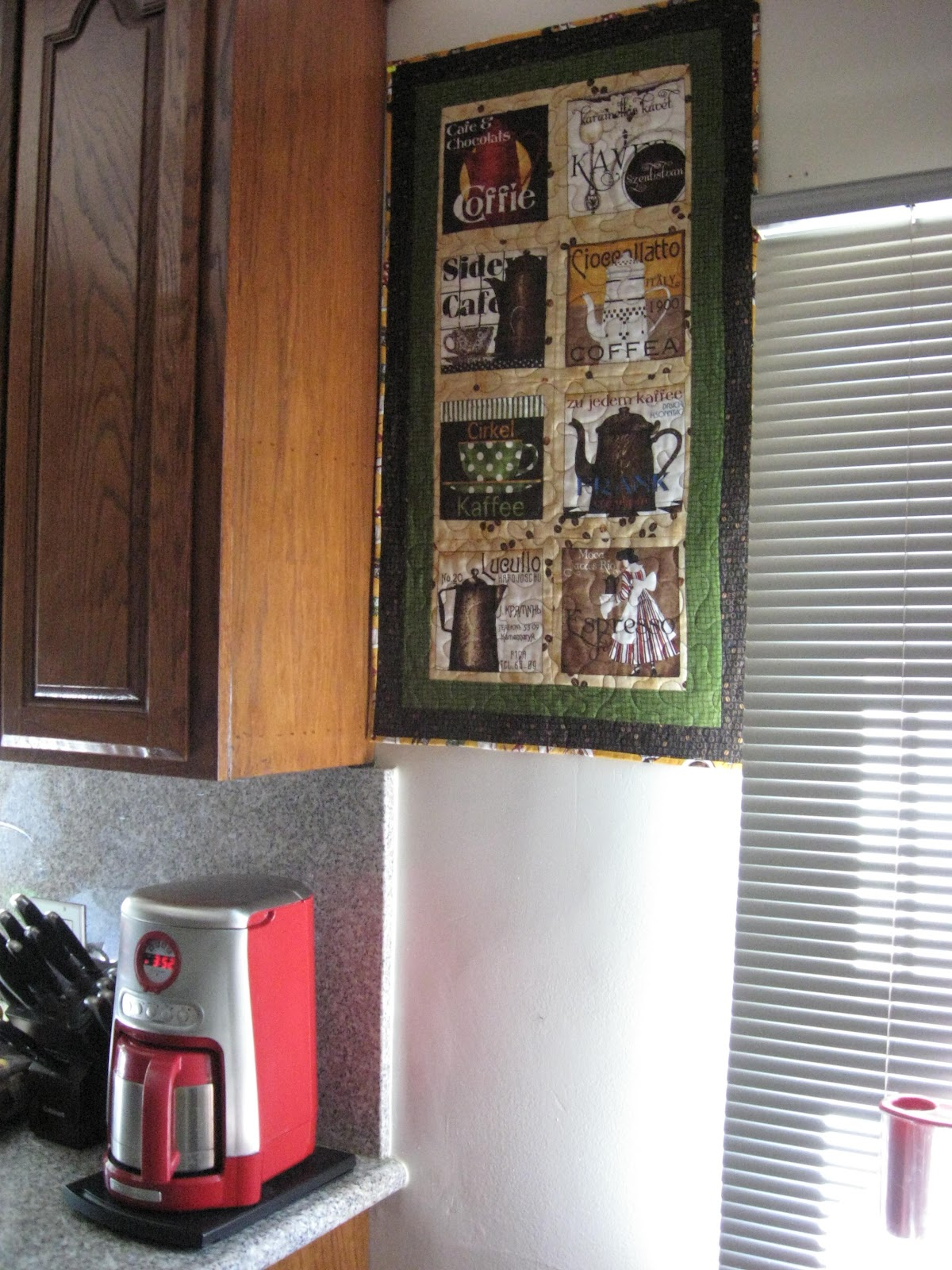 California Quilting: Coffee Quilt Wall Hanging : quilted wall hanging kits - Adamdwight.com