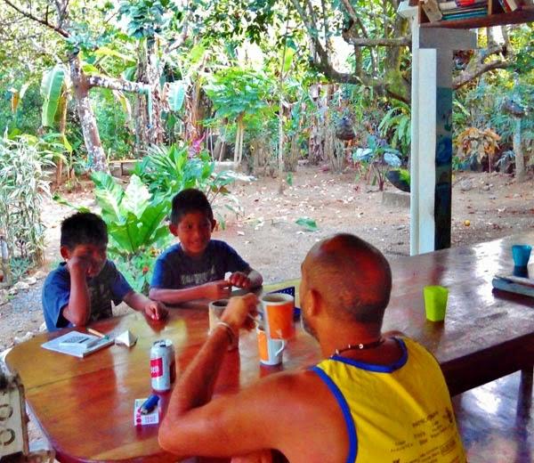 Cabinas Carol, Pavones. Costa Rica.