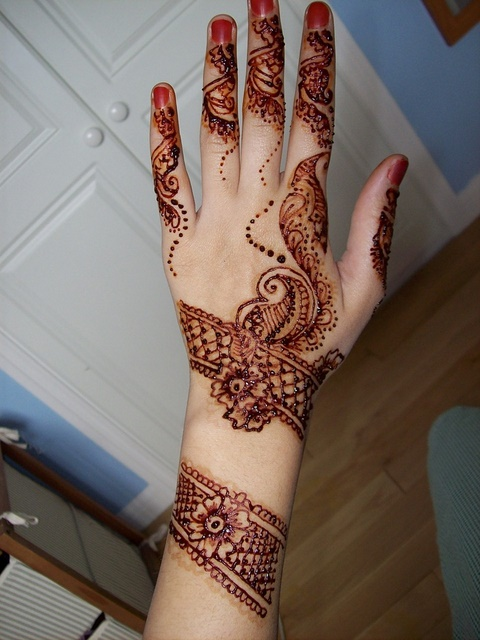 Mehndi Design For Fingers Front Side : Latest fashion new arabic mehndi designs for one hands