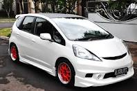 mobil drag honda jazz,  cutting sticker honda jazz silver,  motif sticker mobil jazz,  mobil jazz modifikasi,  honda jazz modifikasi ceper,  motif sticker jazz silver,