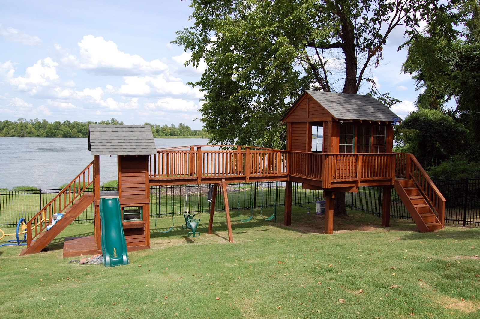 natural state treehouses inc fields family treehouse and playground