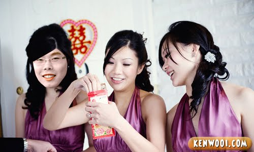 chinese wedding bridesmaid
