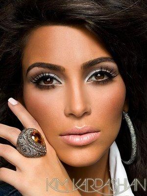 kim kardashian no makeup blonde. kim kardashian no makeup 2010.