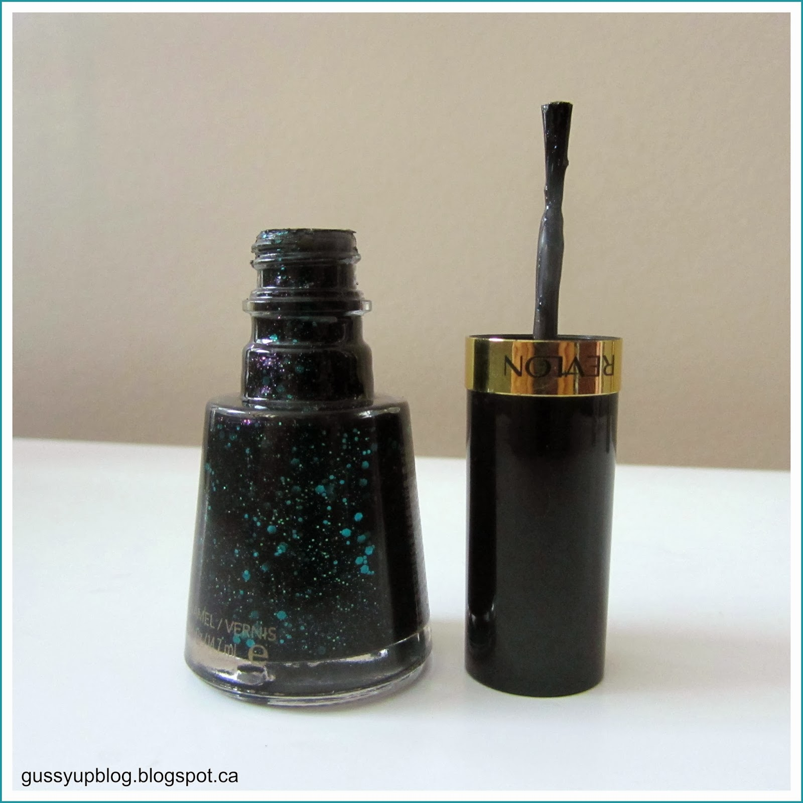 Review and Swatches: Revlon Nail Enamel No. 736 Elusive