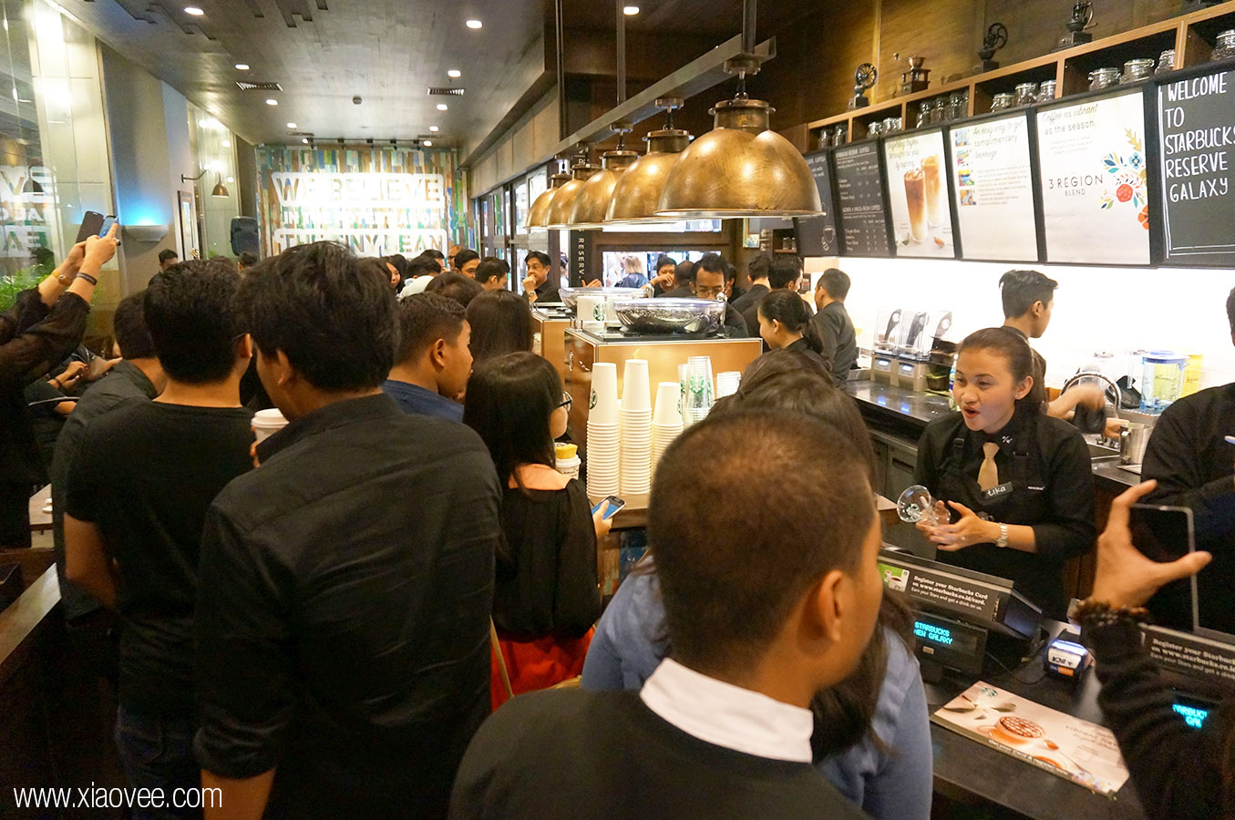 Starbucks Reserve in Surabaya, Starbucks Reserve Galaxy Mall, Starbucks Reserve GM