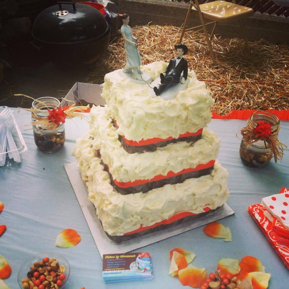 Cakes By Savannah Camo Wedding