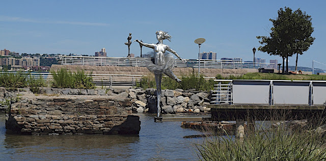 #publicart, John M. Erianne, A Frolicking Stray, Riverside Park, New York City, #M2M #modelstomonuments