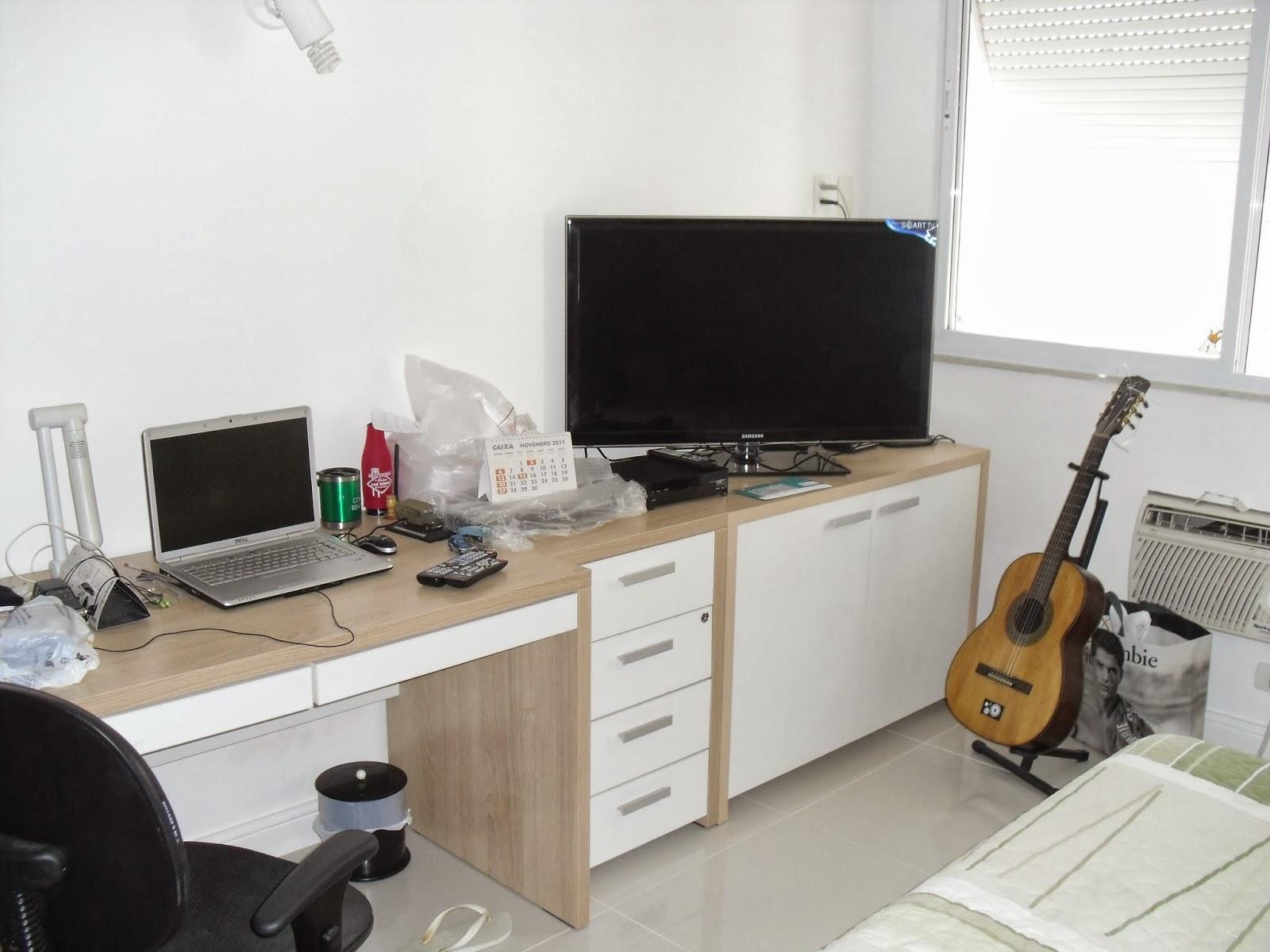 Atelier dos Móveis: Bancada e armário para quarto de solteiro. #1B6544 1600x1200