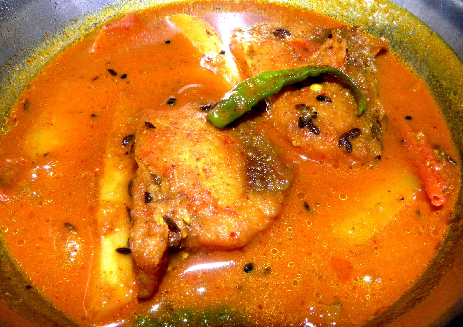 TasteSaviours - Macher Jhol