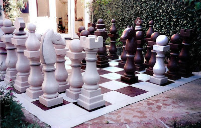 Creative and Unusual Chess Sets (20) 20